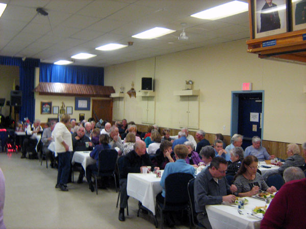 Half the room with the guests at the Munster United Church chili Dinner and Dance with music by Doug and Pam Champagne - 30 January 2016. Photo by Keith Lindsey